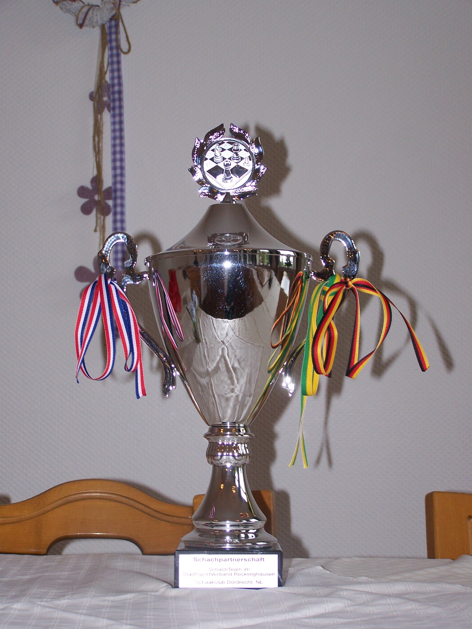 """Der """"Partnerschafts-Pokal"""""""