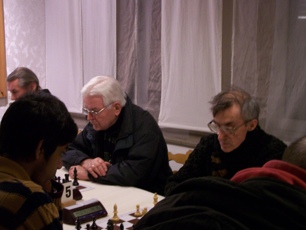 6. Runde: Viktor Trefilov - Nilakxan Thiruthanivel