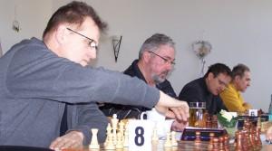 Heinz Grothuesmann (vorne) und Romuald Samisch (hinten) spielten jeweils Remis